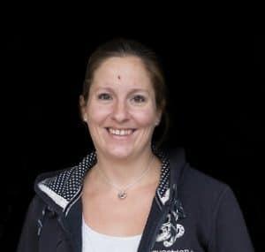 Dadja Schoenmakers, opleiding tot sportmasseur voor paarden, paardenmassage, Gisella Bartels