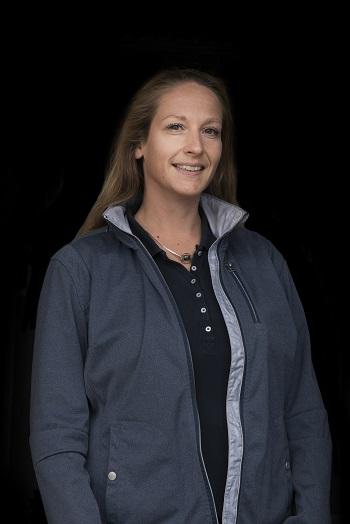 Janine Harrop, praktijktrainer Bartels Horse & Health Instituut, Gisella Bartels, opleiding tot sportmasseur voor paarden